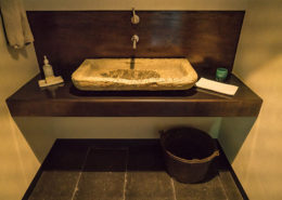 Bronze counter and backsplash