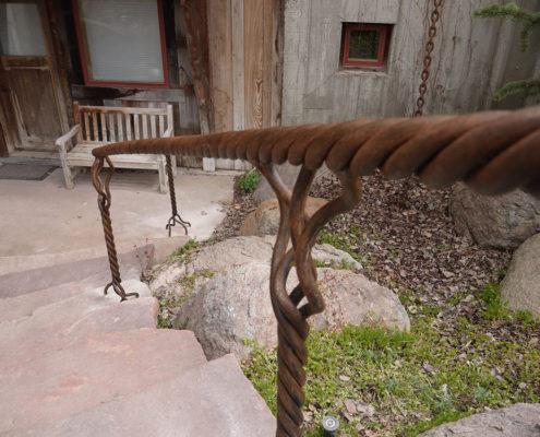 Garden hand rail